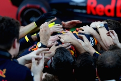 BAKU, AZERBAIJAN - JUNE 25: Race winner Daniel Ricciardo of Australia and Red Bull Racing is mobbed by his team in parc ferme during the Azerbaijan Formula One Grand Prix at Baku City Circuit on June 25, 2017 in Baku, Azerbaijan. (Photo by Mark Thompson/Getty Images) // Getty Images / Red Bull Content Pool // P-20170625-01330 // Usage for editorial use only // Please go to www.redbullcontentpool.com for further information. //