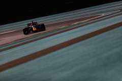 ABU DHABI, UNITED ARAB EMIRATES - NOVEMBER 25: Daniel Ricciardo of Australia driving the (3) Red Bull Racing Red Bull-TAG Heuer RB13 TAG Heuer on track during final practice for the Abu Dhabi Formula One Grand Prix at Yas Marina Circuit on November 25, 2017 in Abu Dhabi, United Arab Emirates. (Photo by Dan Istitene/Getty Images) // Getty Images / Red Bull Content Pool // P-20171125-00180 // Usage for editorial use only // Please go to www.redbullcontentpool.com for further information. //