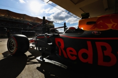AUSTIN, TX - OCTOBER 21: Max Verstappen of the Netherlands driving the (33) Red Bull Racing Red Bull-TAG Heuer RB13 TAG Heuer leaves the garage during qualifying for the United States Formula One Grand Prix at Circuit of The Americas on October 21, 2017 in Austin, Texas. (Photo by Mark Thompson/Getty Images) // Getty Images / Red Bull Content Pool // P-20171021-01670 // Usage for editorial use only // Please go to www.redbullcontentpool.com for further information. //