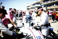 Circuit of the Americas, Austin, Texas, United States of America.Sunday 22 October 2017.Lance Stroll, Williams Martini Racing, arrives on the grid.Photo: Glenn Dunbar/Williamsref: Digital Image _X4I5010