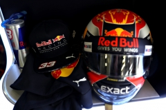 NORTHAMPTON, ENGLAND - JULY 15: The helmet of Max Verstappen of Netherlands and Red Bull Racing in the garage before qualifying for the Formula One Grand Prix of Great Britain at Silverstone on July 15, 2017 in Northampton, England. (Photo by Mark Thompson/Getty Images) // Getty Images / Red Bull Content Pool // P-20170715-00621 // Usage for editorial use only // Please go to www.redbullcontentpool.com for further information. //