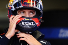 MONZA, ITALY - SEPTEMBER 02: Max Verstappen of Netherlands and Red Bull Racing prepares to drive during qualifying for the Formula One Grand Prix of Italy at Autodromo di Monza on September 2, 2017 in Monza, Italy. (Photo by Mark Thompson/Getty Images) // Getty Images / Red Bull Content Pool // P-20170902-25388 // Usage for editorial use only // Please go to www.redbullcontentpool.com for further information. //