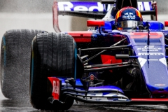 MONZA, ITALY - SEPTEMBER 02: Carlos Sainz of Scuderia Toro Rosso and Spain during qualifying for the Formula One Grand Prix of Italy at Autodromo di Monza on September 2, 2017 in Monza, Italy. (Photo by Peter Fox/Getty Images) // Getty Images / Red Bull Content Pool // P-20170902-19909 // Usage for editorial use only // Please go to www.redbullcontentpool.com for further information. //