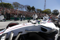 Interlagos, Sao Paulo, Brazil.Sunday 12 November 2017.Felipe Massa, Williams FW40 Mercedes, arrives on the grid.Photo: Glenn Dunbar/Williamsref: Digital Image _X4I2853