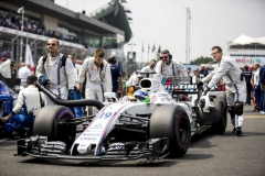Autodromo Hermanos Rodriguez, Mexico City, Mexico.Sunday 29 October 2017.Felipe Massa, Williams FW40 Mercedes, arrives on the grid.Photo: Sam Bloxham/Williamsref: Digital Image _J6I9961