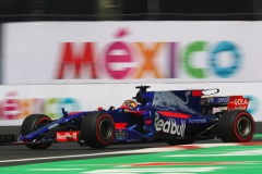 MEXICO CITY, MEXICO - OCTOBER 27: Brendon Hartley of New Zealand driving the (28) Scuderia Toro Rosso STR12 on track during practice for the Formula One Grand Prix of Mexico at Autodromo Hermanos Rodriguez on October 27, 2017 in Mexico City, Mexico. (Photo by Clive Rose/Getty Images) // Getty Images / Red Bull Content Pool // P-20171027-01902 // Usage for editorial use only // Please go to www.redbullcontentpool.com for further information. //