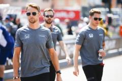 Monte Carlo, Monaco.Sunday 28 May 2017.Jenson Button, McLaren, with Stoffel Vandoorne, McLaren.World Copyright: Andy Hone/LAT Imagesref: Digital Image _ONZ0032