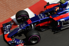 MONTE-CARLO, MONACO - MAY 25: Carlos Sainz of Spain driving the (55) Scuderia Toro Rosso STR12 on track during practice for the Monaco Formula One Grand Prix at Circuit de Monaco on May 25, 2017 in Monte-Carlo, Monaco. (Photo by Mark Thompson/Getty Images) // Getty Images / Red Bull Content Pool // P-20170525-00816 // Usage for editorial use only // Please go to www.redbullcontentpool.com for further information. //