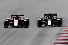 SPIELBERG, AUSTRIA - JUNE 30: Max Verstappen of the Netherlands driving the (33) Aston Martin Red Bull Racing RB15 and Charles Leclerc of Monaco driving the (16) Scuderia Ferrari SF90 battle for position during the F1 Grand Prix of Austria at Red Bull Ring on June 30, 2019 in Spielberg, Austria. (Photo by Charles Coates/Getty Images) // Getty Images / Red Bull Content Pool  // AP-1ZTADC6492111 // Usage for editorial use only // Please go to www.redbullcontentpool.com for further information. //
