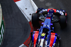 BAKU, AZERBAIJAN - APRIL 28: Pierre Gasly of France and Scuderia Toro Rosso driving the (10) Scuderia Toro Rosso STR13 Honda on track during qualifying for the Azerbaijan Formula One Grand Prix at Baku City Circuit on April 28, 2018 in Baku, Azerbaijan.  (Photo by Dan Istitene/Getty Images) // Getty Images / Red Bull Content Pool  // AP-1VGGV66YD2111 // Usage for editorial use only // Please go to www.redbullcontentpool.com for further information. //