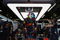 BAKU, AZERBAIJAN - APRIL 27:  Daniel Ricciardo of Australia and Red Bull Racing prepares to drive during practice for the Azerbaijan Formula One Grand Prix at Baku City Circuit on April 27, 2018 in Baku, Azerbaijan.  (Photo by Mark Thompson/Getty Images) // Getty Images / Red Bull Content Pool  // AP-1VG58M2WH2111 // Usage for editorial use only // Please go to www.redbullcontentpool.com for further information. //
