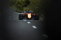 Baku City Circuit, Baku, Azerbaijan.Friday 27 April 2018.Fernando Alonso, McLaren MCL33 Renault.Photo: Andy Hone/McLarenref: Digital Image _ONZ8715