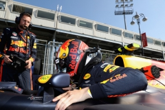 BAKU, AZERBAIJAN - JUNE 25: Max Verstappen of Netherlands and Red Bull Racing prepares to drive on the grid before the Azerbaijan Formula One Grand Prix at Baku City Circuit on June 25, 2017 in Baku, Azerbaijan. (Photo by Mark Thompson/Getty Images) // Getty Images / Red Bull Content Pool // P-20170625-00729 // Usage for editorial use only // Please go to www.redbullcontentpool.com for further information. //