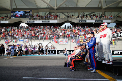 ABU DHABI, UNITED ARAB EMIRATES - NOVEMBER 25:  Daniel Ricciardo of Australia and Red Bull Racing, Brendon Hartley of New Zealand and Scuderia Toro Rosso and Charles Leclerc of Monaco and Sauber F1 are seen at the Class of 2018 F1 Drivers photo before the Abu Dhabi Formula One Grand Prix at Yas Marina Circuit on November 25, 2018 in Abu Dhabi, United Arab Emirates.  (Photo by Peter Fox/Getty Images) // Getty Images / Red Bull Content Pool  // AP-1XMDJ87191W11 // Usage for editorial use only // Please go to www.redbullcontentpool.com for further information. //