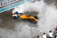 Yas Marina Circuit, Abu Dhabi, United Arab Emirates.Sunday 25 November 2018Fernando Alonso, McLaren MCL33, performs donuts in celebration of his retirement from F1.World Copyright: Sam Bloxham/McLarenref: _W6I6291