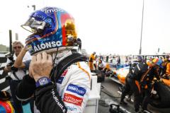 Yas Marina Circuit, Abu Dhabi, United Arab Emirates.Sunday 25 November 2018Fernando Alonso, McLaren, on the grid.World Copyright: Steven Tee/McLarenref: _2ST9815