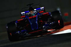 ABU DHABI, UNITED ARAB EMIRATES - NOVEMBER 24: Brendon Hartley of New Zealand driving the (28) Scuderia Toro Rosso STR12 on track during practice for the Abu Dhabi Formula One Grand Prix at Yas Marina Circuit on November 24, 2017 in Abu Dhabi, United Arab Emirates. (Photo by Mark Thompson/Getty Images) // Getty Images / Red Bull Content Pool // P-20171124-01265 // Usage for editorial use only // Please go to www.redbullcontentpool.com for further information. //
