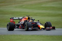 NORTHAMPTON, ENGLAND - JULY 12: Max Verstappen of the Netherlands driving the (33) Aston Martin Red Bull Racing RB15 on track during practice for the F1 Grand Prix of Great Britain at Silverstone on July 12, 2019 in Northampton, England. (Photo by Bryn Lennon/Getty Images) // Getty Images / Red Bull Content Pool  // AP-1ZX5XM4E92111 // Usage for editorial use only // Please go to www.redbullcontentpool.com for further information. //