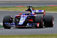 NORTHAMPTON, ENGLAND - JULY 15: Daniil Kvyat of Russia driving the (26) Scuderia Toro Rosso STR12 on track during final practice for the Formula One Grand Prix of Great Britain at Silverstone on July 15, 2017 in Northampton, England. (Photo by Dan Mullan/Getty Images) // Getty Images / Red Bull Content Pool // P-20170715-00854 // Usage for editorial use only // Please go to www.redbullcontentpool.com for further information. //