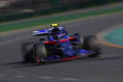 MELBOURNE, AUSTRALIA - MARCH 17: Alexander Albon of Thailand driving the (23) Scuderia Toro Rosso STR14 Honda on track during the F1 Grand Prix of Australia at Melbourne Grand Prix Circuit on March 17, 2019 in Melbourne, Australia.  (Photo by Mark Thompson/Getty Images) // Getty Images / Red Bull Content Pool  // AP-1YRDPHA5H2111 // Usage for editorial use only // Please go to www.redbullcontentpool.com for further information. //