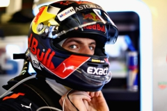 MELBOURNE, AUSTRALIA - MARCH 25: Max Verstappen of Netherlands and Red Bull Racing prepares to drive before the Australian Formula One Grand Prix at Albert Park on March 25, 2018 in Melbourne, Australia. (Photo by Mark Thompson/Getty Images) // Getty Images / Red Bull Content Pool // AP-1V5GMBNPD2111 // Usage for editorial use only // Please go to www.redbullcontentpool.com for further information. //