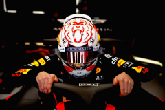 MELBOURNE, AUSTRALIA - MARCH 15:  Max Verstappen of Netherlands and Red Bull Racing prepares to drive in the garage during practice for the F1 Grand Prix of Australia at Melbourne Grand Prix Circuit on March 15, 2019 in Melbourne, Australia.  (Photo by Mark Thompson/Getty Images) // Getty Images / Red Bull Content Pool  // AP-1YQPS5S812111 // Usage for editorial use only // Please go to www.redbullcontentpool.com for further information. //