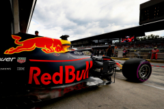 SPIELBERG, AUSTRIA - JUNE 30: Daniel Ricciardo of Australia driving the (3) Aston Martin Red Bull Racing RB14 TAG Heuer leaves the garage during qualifying for the Formula One Grand Prix of Austria at Red Bull Ring on June 30, 2018 in Spielberg, Austria.  (Photo by Mark Thompson/Getty Images) // Getty Images / Red Bull Content Pool  // AP-1W4SWHKKN1W11 // Usage for editorial use only // Please go to www.redbullcontentpool.com for further information. //