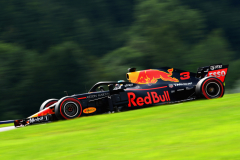 SPIELBERG, AUSTRIA - JUNE 30:  Daniel Ricciardo of Australia driving the (3) Aston Martin Red Bull Racing RB14 TAG Heuer on track during qualifying for the Formula One Grand Prix of Austria at Red Bull Ring on June 30, 2018 in Spielberg, Austria.  (Photo by Patrik Lundin/Getty Images) // Getty Images / Red Bull Content Pool  // AP-1W4TFUYA51W11 // Usage for editorial use only // Please go to www.redbullcontentpool.com for further information. //