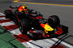 MONTREAL, QC - JUNE 09: Max Verstappen of the Netherlands driving the (33) Aston Martin Red Bull Racing RB14 TAG Heuer on track during qualifying for the Canadian Formula One Grand Prix at Circuit Gilles Villeneuve on June 9, 2018 in Montreal, Canada.  (Photo by Mark Thompson/Getty Images) // Getty Images / Red Bull Content Pool  // AP-1VX42V5791W11 // Usage for editorial use only // Please go to www.redbullcontentpool.com for further information. //