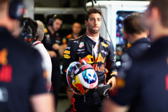 MONTREAL, QC - JUNE 09:  Daniel Ricciardo of Australia and Red Bull Racing prepares to drive in the garage during qualifying for the Canadian Formula One Grand Prix at Circuit Gilles Villeneuve on June 9, 2018 in Montreal, Canada.  (Photo by Dan Istitene/Getty Images) // Getty Images / Red Bull Content Pool  // AP-1VX3N4Y991W11 // Usage for editorial use only // Please go to www.redbullcontentpool.com for further information. //
