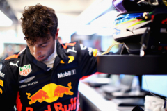 SINGAPORE - SEPTEMBER 15:  Daniel Ricciardo of Australia and Red Bull Racing prepares to drive in the garage during final practice for the Formula One Grand Prix of Singapore at Marina Bay Street Circuit on September 15, 2018 in Singapore.  (Photo by Mark Thompson/Getty Images) // Getty Images / Red Bull Content Pool  // AP-1WWJGQGTD2511 // Usage for editorial use only // Please go to www.redbullcontentpool.com for further information. //