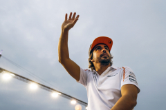 Marina Bay Circuit, SingaporeSunday 16 September 2018.Fernando Alonso, McLaren, in the drivers parade.Photo: Steven Tee/McLarenref: Digital Image _2ST1470