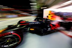 SINGAPORE, SINGAPORE - SEPTEMBER 21: Alexander Albon of Thailand driving the (23) Aston Martin Red Bull Racing RB15 leaves the garage during qualifying for the F1 Grand Prix of Singapore at Marina Bay Street Circuit on September 21, 2019 in Singapore. (Photo by Mark Thompson/Getty Images) // Getty Images / Red Bull Content Pool  // AP-21N13U53H1W11 // Usage for editorial use only //