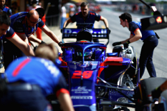MONTMELO, SPAIN - MAY 11: Brendon Hartley of New Zealand driving the (28) Scuderia Toro Rosso STR13 Honda stops in the Pitlane during practice for the Spanish Formula One Grand Prix at Circuit de Catalunya on May 11, 2018 in Montmelo, Spain.  (Photo by Dan Istitene/Getty Images) // Getty Images / Red Bull Content Pool  // AP-1VMNCXAFS2111 // Usage for editorial use only // Please go to www.redbullcontentpool.com for further information. //