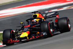 MONTMELO, SPAIN - MAY 11: Daniel Ricciardo of Australia driving the (3) Aston Martin Red Bull Racing RB14 TAG Heuer on track during practice for the Spanish Formula One Grand Prix at Circuit de Catalunya on May 11, 2018 in Montmelo, Spain.  (Photo by Mark Thompson/Getty Images) // Getty Images / Red Bull Content Pool  // AP-1VMPVXYPN1W11 // Usage for editorial use only // Please go to www.redbullcontentpool.com for further information. //