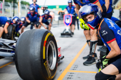 BUDAPEST, HUNGARY - JULY 28:  Scuderia Toro Rosso pitstop practice during final practice for the Formula One Grand Prix of Hungary at Hungaroring on July 28, 2018 in Budapest, Hungary.  (Photo by Peter Fox/Getty Images) // Getty Images / Red Bull Content Pool  // AP-1WDQYEP991W11 // Usage for editorial use only // Please go to www.redbullcontentpool.com for further information. //