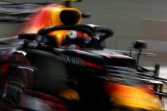 BAHRAIN, BAHRAIN - MARCH 30: Max Verstappen of the Netherlands driving the (33) Aston Martin Red Bull Racing RB15 on track during qualifying for the F1 Grand Prix of Bahrain at Bahrain International Circuit on March 30, 2019 in Bahrain, Bahrain. (Photo by Charles Coates/Getty Images) // Getty Images / Red Bull Content Pool  // AP-1YVQESRCS2111 // Usage for editorial use only // Please go to www.redbullcontentpool.com for further information. //