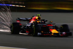 BAHRAIN, BAHRAIN - APRIL 06:  Sparks fly behind Max Verstappen of the Netherlands driving the (33) Aston Martin Red Bull Racing RB14 TAG Heuer on track during practice for the Bahrain Formula One Grand Prix at Bahrain International Circuit on April 6, 2018 in Bahrain, Bahrain.  (Photo by Charles Coates/Getty Images) // Getty Images / Red Bull Content Pool  // AP-1V9F1WCG92111 // Usage for editorial use only // Please go to www.redbullcontentpool.com for further information. //