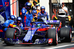 LE CASTELLET, FRANCE - JUNE 24:  Brendon Hartley of New Zealand driving the (28) Scuderia Toro Rosso STR13 Honda makes a pit stop for new tyres during the Formula One Grand Prix of France at Circuit Paul Ricard on June 24, 2018 in Le Castellet, France.  (Photo by Mark Thompson/Getty Images) // Getty Images / Red Bull Content Pool  // AP-1W2WPVKA52111 // Usage for editorial use only // Please go to www.redbullcontentpool.com for further information. //