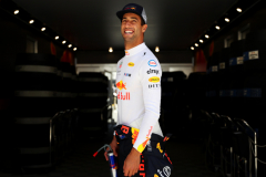 LE CASTELLET, FRANCE - JUNE 22: Daniel Ricciardo of Australia and Red Bull Racing looks on before practice for the Formula One Grand Prix of France at Circuit Paul Ricard on June 22, 2018 in Le Castellet, France.  (Photo by Dan Istitene/Getty Images) // Getty Images / Red Bull Content Pool  // AP-1W29FYXGN1W11 // Usage for editorial use only // Please go to www.redbullcontentpool.com for further information. //