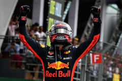 MEXICO CITY, MEXICO - OCTOBER 28:  Race winner Max Verstappen of Netherlands and Red Bull Racing celebrates in parc ferme during the Formula One Grand Prix of Mexico at Autodromo Hermanos Rodriguez on October 28, 2018 in Mexico City, Mexico.  (Photo by Charles Coates/Getty Images) // Getty Images / Red Bull Content Pool  // AP-1XBJZ2RX92111 // Usage for editorial use only // Please go to www.redbullcontentpool.com for further information. //