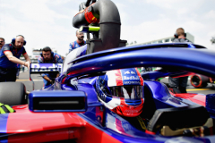 MEXICO CITY, MEXICO - OCTOBER 28:  Pierre Gasly of France and Scuderia Toro Rosso prepares to drive on the grid before the Formula One Grand Prix of Mexico at Autodromo Hermanos Rodriguez on October 28, 2018 in Mexico City, Mexico.  (Photo by Peter Fox/Getty Images) // Getty Images / Red Bull Content Pool  // AP-1XBG1RBB92111 // Usage for editorial use only // Please go to www.redbullcontentpool.com for further information. //