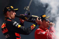 MEXICO CITY, MEXICO - OCTOBER 29: Race winner Max Verstappen of Netherlands and Red Bull Racing celebrates on the podium during the Formula One Grand Prix of Mexico at Autodromo Hermanos Rodriguez on October 29, 2017 in Mexico City, Mexico. (Photo by Clive Rose/Getty Images) // Getty Images / Red Bull Content Pool // P-20171029-01296 // Usage for editorial use only // Please go to www.redbullcontentpool.com for further information. //