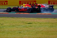 MEXICO CITY, MEXICO - OCTOBER 29: Sebastian Vettel of Germany driving the (5) Scuderia Ferrari SF70H and Max Verstappen of Netherlands and Red Bull Racing collide at the start during the Formula One Grand Prix of Mexico at Autodromo Hermanos Rodriguez on October 29, 2017 in Mexico City, Mexico. (Photo by Clive Rose/Getty Images) // Getty Images / Red Bull Content Pool // P-20171029-01111 // Usage for editorial use only // Please go to www.redbullcontentpool.com for further information. //