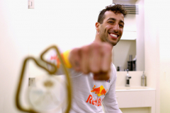 MONTE-CARLO, MONACO - MAY 27:  Race winner Daniel Ricciardo of Australia and Red Bull Racing with his trophy in his changing room after the Monaco Formula One Grand Prix at Circuit de Monaco on May 27, 2018 in Monte-Carlo, Monaco.  (Photo by Mark Thompson/Getty Images) // Getty Images / Red Bull Content Pool  // AP-1VSW9Q92N1W11 // Usage for editorial use only // Please go to www.redbullcontentpool.com for further information. //