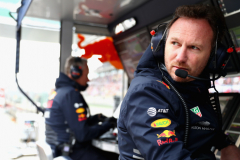 SHANGHAI, CHINA - APRIL 14:  Red Bull Racing Team Principal Christian Horner talks with Red Bull Racing Head of Car Engineering Paul Monaghan in the garage during qualifying for the Formula One Grand Prix of China at Shanghai International Circuit on April 14, 2018 in Shanghai, China.  (Photo by Mark Thompson/Getty Images) // Getty Images / Red Bull Content Pool  // AP-1VBXHQ3ZS1W11 // Usage for editorial use only // Please go to www.redbullcontentpool.com for further information. //