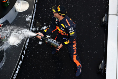 SHANGHAI, CHINA - APRIL 15:  Race winner Daniel Ricciardo of Australia and Red Bull Racing celebrates on the podium during the Formula One Grand Prix of China at Shanghai International Circuit on April 15, 2018 in Shanghai, China.  (Photo by Mark Thompson/Getty Images) // Getty Images / Red Bull Content Pool  // AP-1VC9DAWWN2111 // Usage for editorial use only // Please go to www.redbullcontentpool.com for further information. //