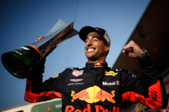 SHANGHAI, CHINA - APRIL 15:  Race winner Daniel Ricciardo of Australia and Red Bull Racing celebrates after the Formula One Grand Prix of China at Shanghai International Circuit on April 15, 2018 in Shanghai, China.  (Photo by Lars Baron/Getty Images) // Getty Images / Red Bull Content Pool  // AP-1VC9FX1Y12111 // Usage for editorial use only // Please go to www.redbullcontentpool.com for further information. //