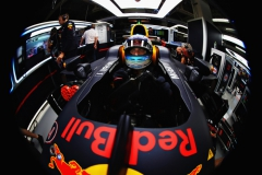 SUZUKA, JAPAN - OCTOBER 06: Daniel Ricciardo of Australia and Red Bull Racing prepares to drive in the garage during practice for the Formula One Grand Prix of Japan at Suzuka Circuit on October 6, 2017 in Suzuka. (Photo by Mark Thompson/Getty Images) // Getty Images / Red Bull Content Pool // P-20171008-00415 // Usage for editorial use only // Please go to www.redbullcontentpool.com for further information. //