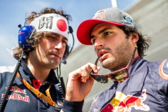SUZUKA, JAPAN - OCTOBER 08: Carlos Sainz of Scuderia Toro Rosso and Spain with his race engineer Marco Matassa during the Formula One Grand Prix of Japan at Suzuka Circuit on October 8, 2017 in Suzuka. (Photo by Peter Fox/Getty Images) // Getty Images / Red Bull Content Pool // P-20171008-01036 // Usage for editorial use only // Please go to www.redbullcontentpool.com for further information. //